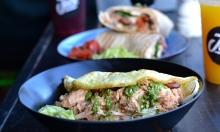 51 % rabat på 2 x egg wrap / burrito / omelet + 2 x smoothie / juice hos The Jock i Kødbyen – Nyd wrap af øko-æg med røget islandsk laks, burritos med kylling & avocado, omelet med spinat, feta m.m.
