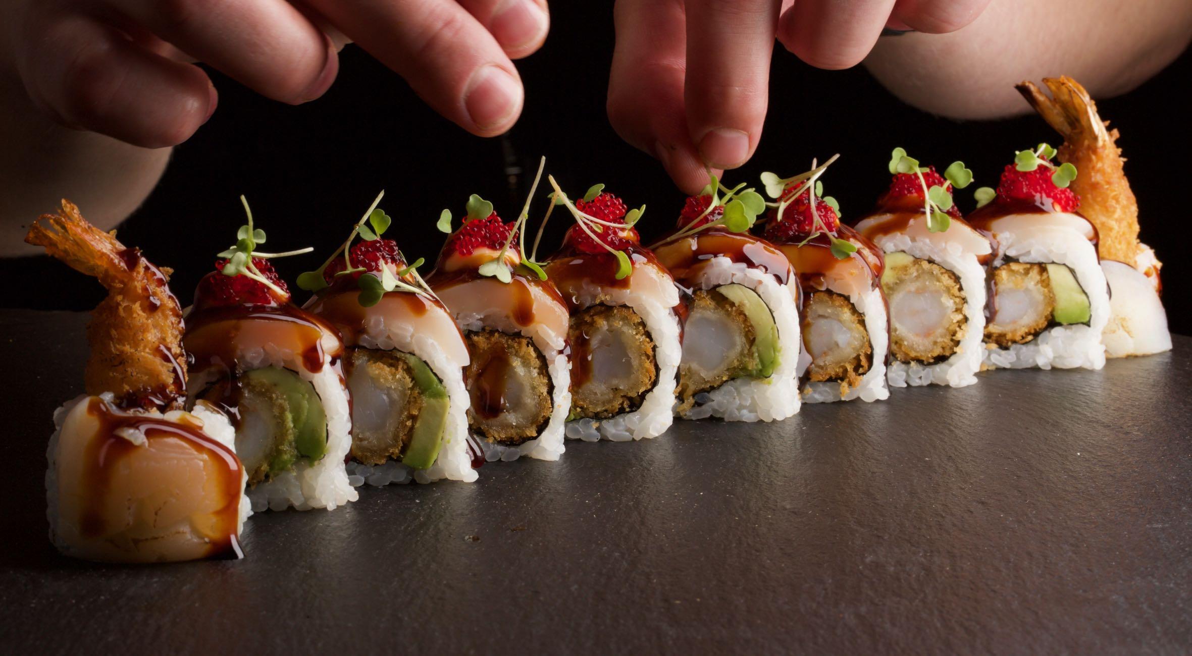 1½ times sushi-kursus hos Sushi Lovers i Torvehallerne eller i Charlottenlund – Lav sushi i verdenskendt sushi-køkken