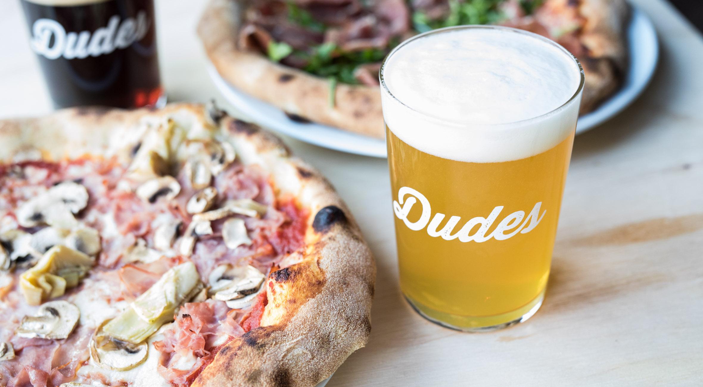 2 x gourmet-pizza + 2 x craft beer hos hippe Dudes – Nyåbnet øl- og pizzabar byder på ølbryg fra verdens bedste bryggerier