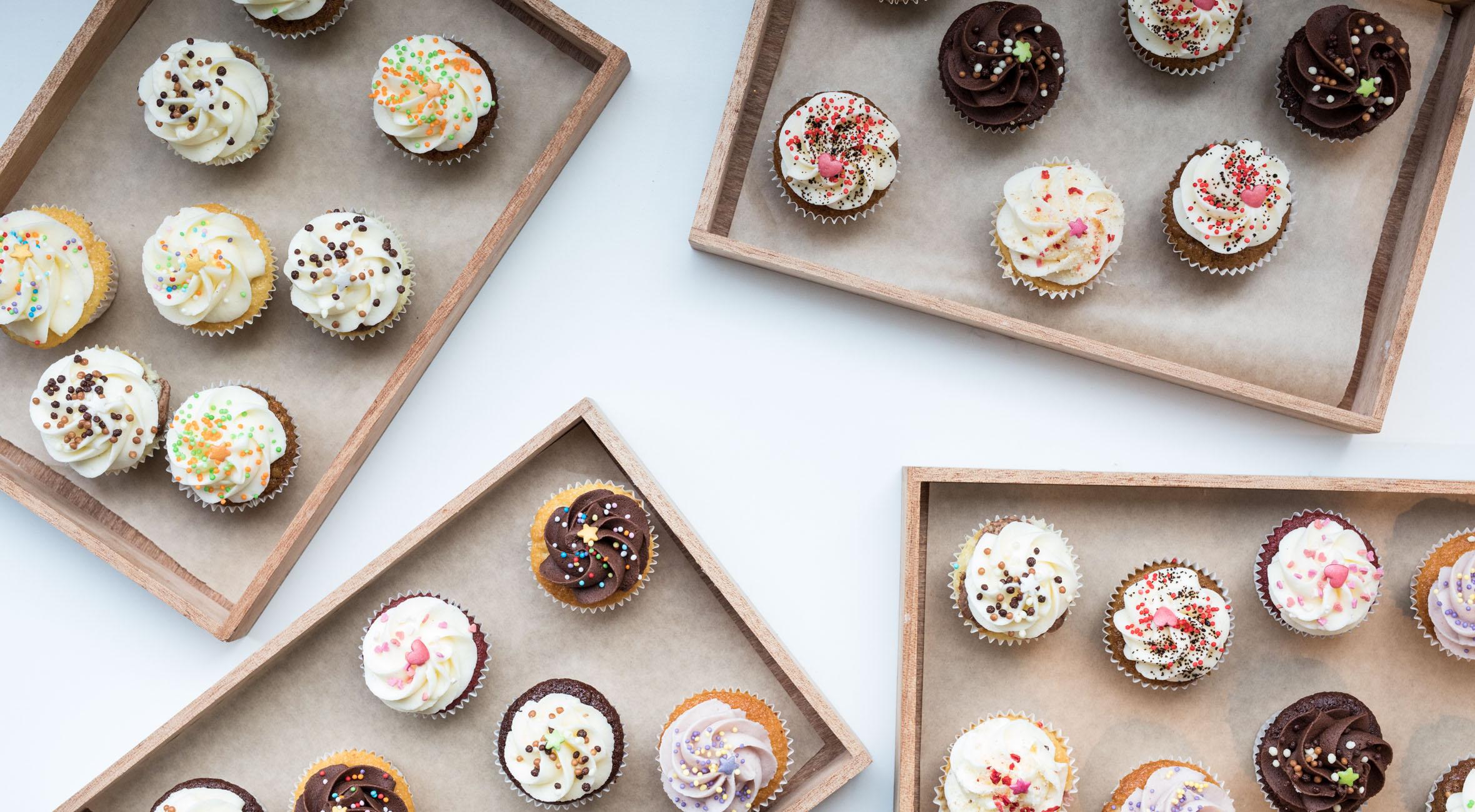 12 valgfrie mini-cupcakes fra Cravings på Nørrebro – Smag landets bedste cupcakes