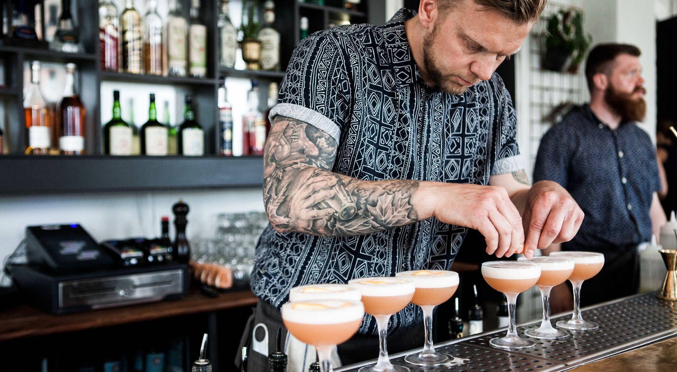 Frit valg til alt hos The Rusty Jigger på Vesterbro – Besøg én af byens bedste cocktailbarer