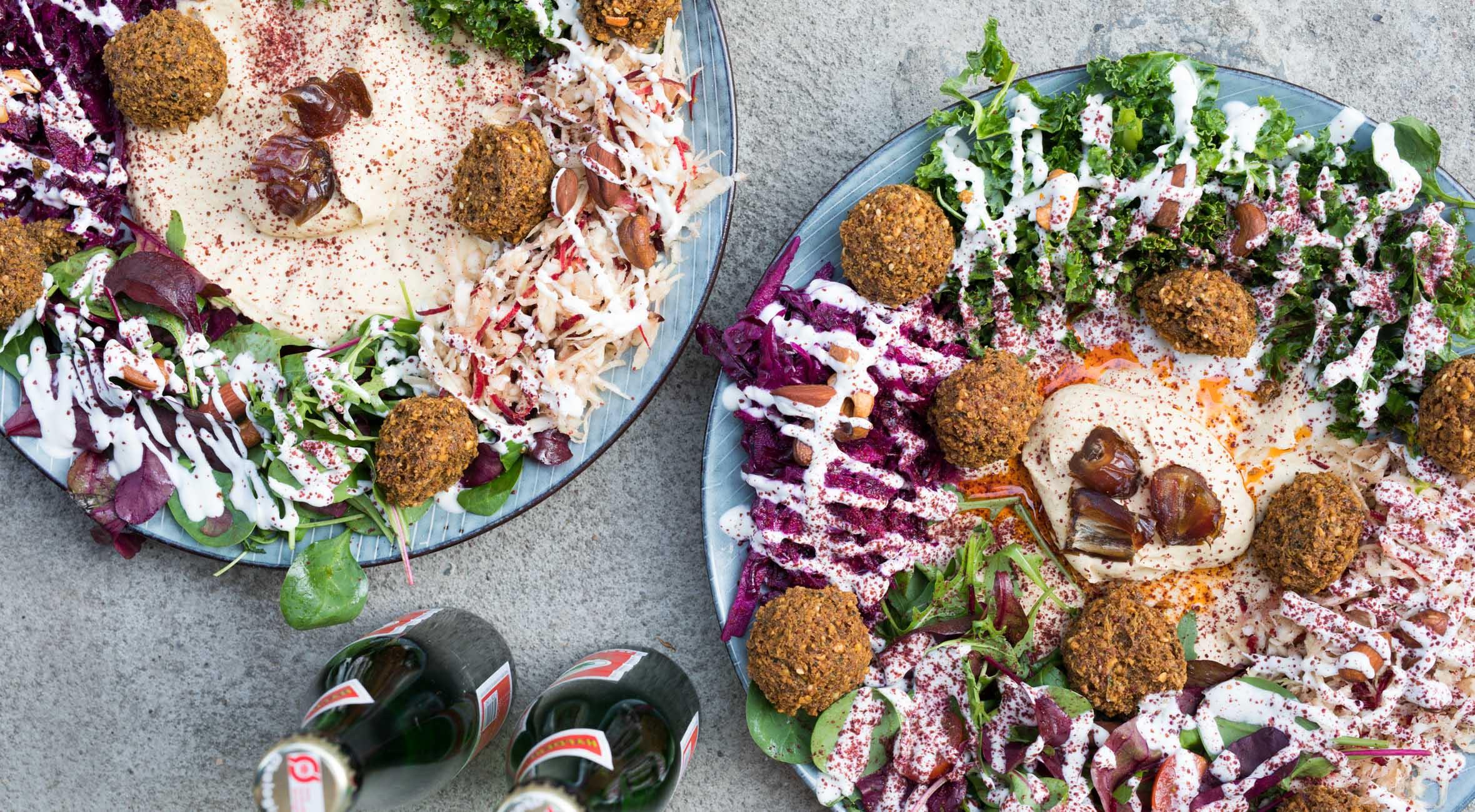 2 x falafelret + 2 x drikke hos Nordisk Falafel – Vegetarer & veganere valfarter til hip falafelbar