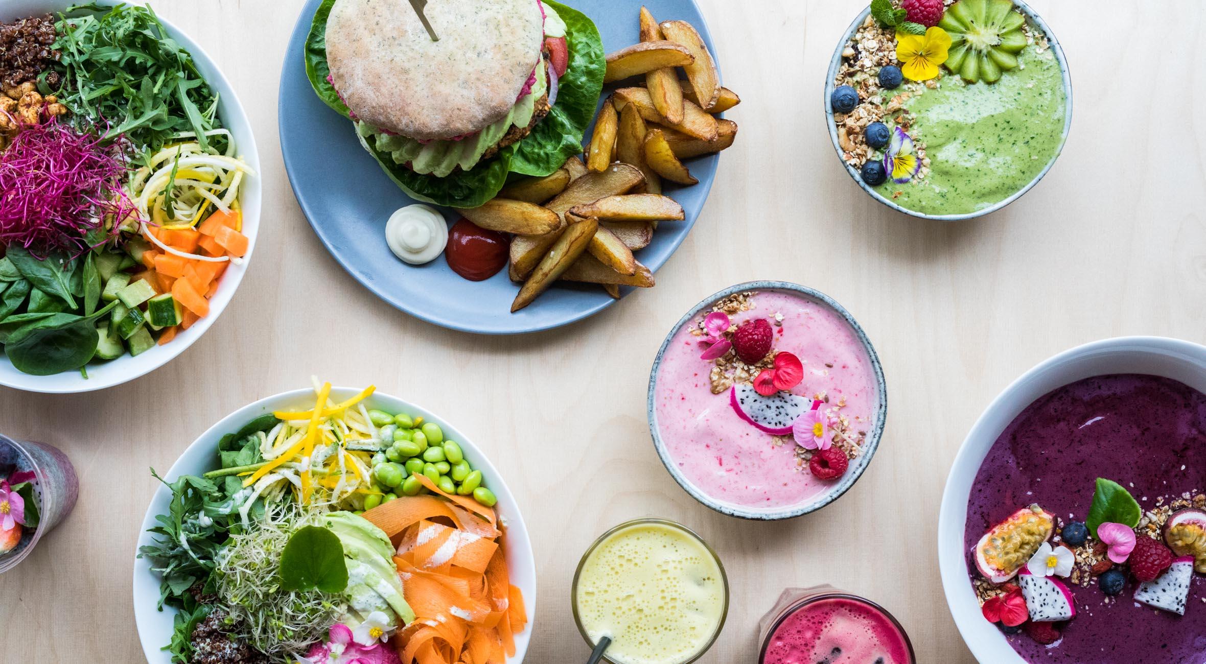 Frit valg til alt hos Veji på hippe Nørrebro – Nyåbnet vegansk café byder på det vildeste fra det grønne gourmetkøkken