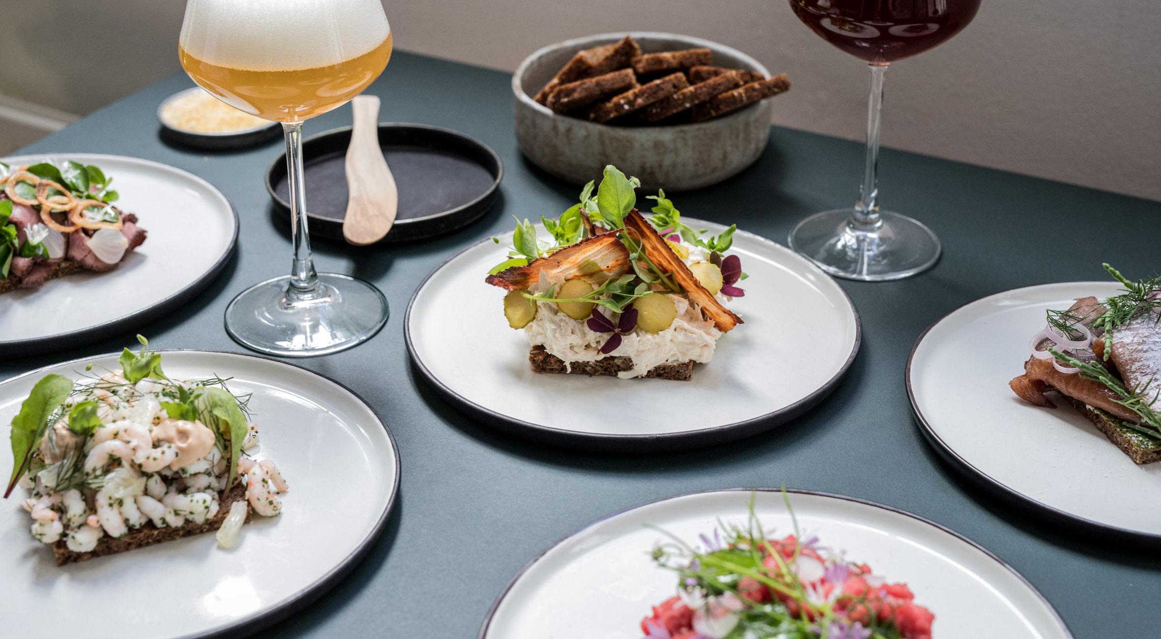 3 stk. smørrebrød hos Restaurant Meille – Tidligere Michelin-kok byder på overdådigt smørrebrød i hjertet af København