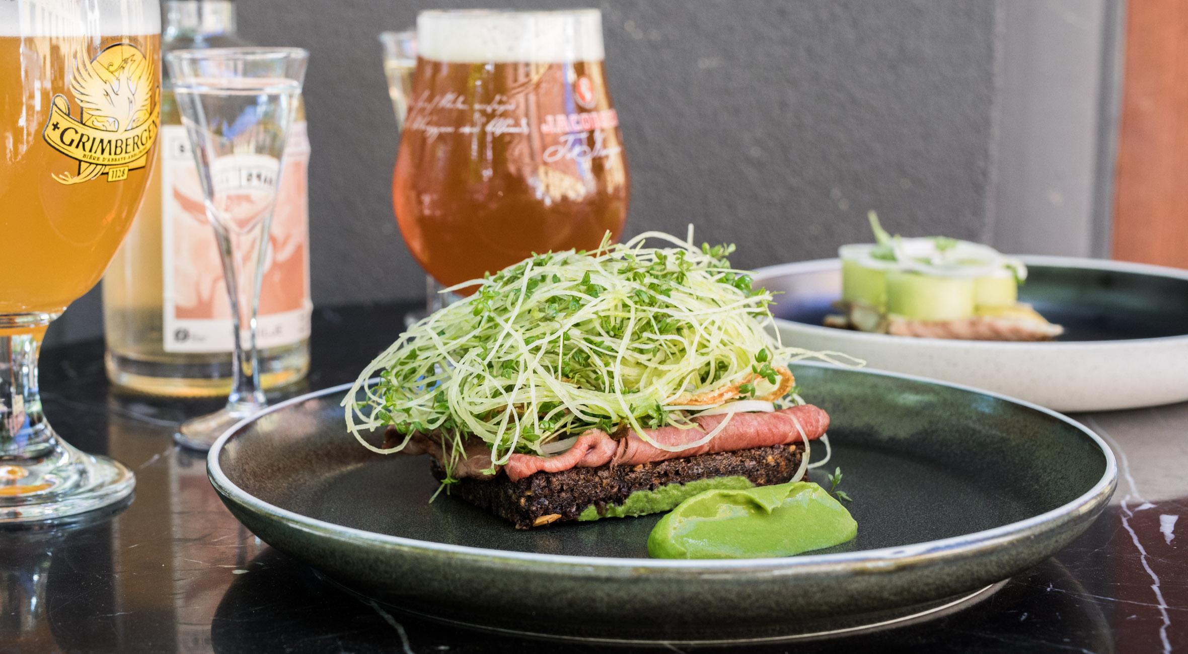 Frit valg til alt på frokostkortet hos Restaurant Mondän – Topkokke byder på overdådigt smørrebrød