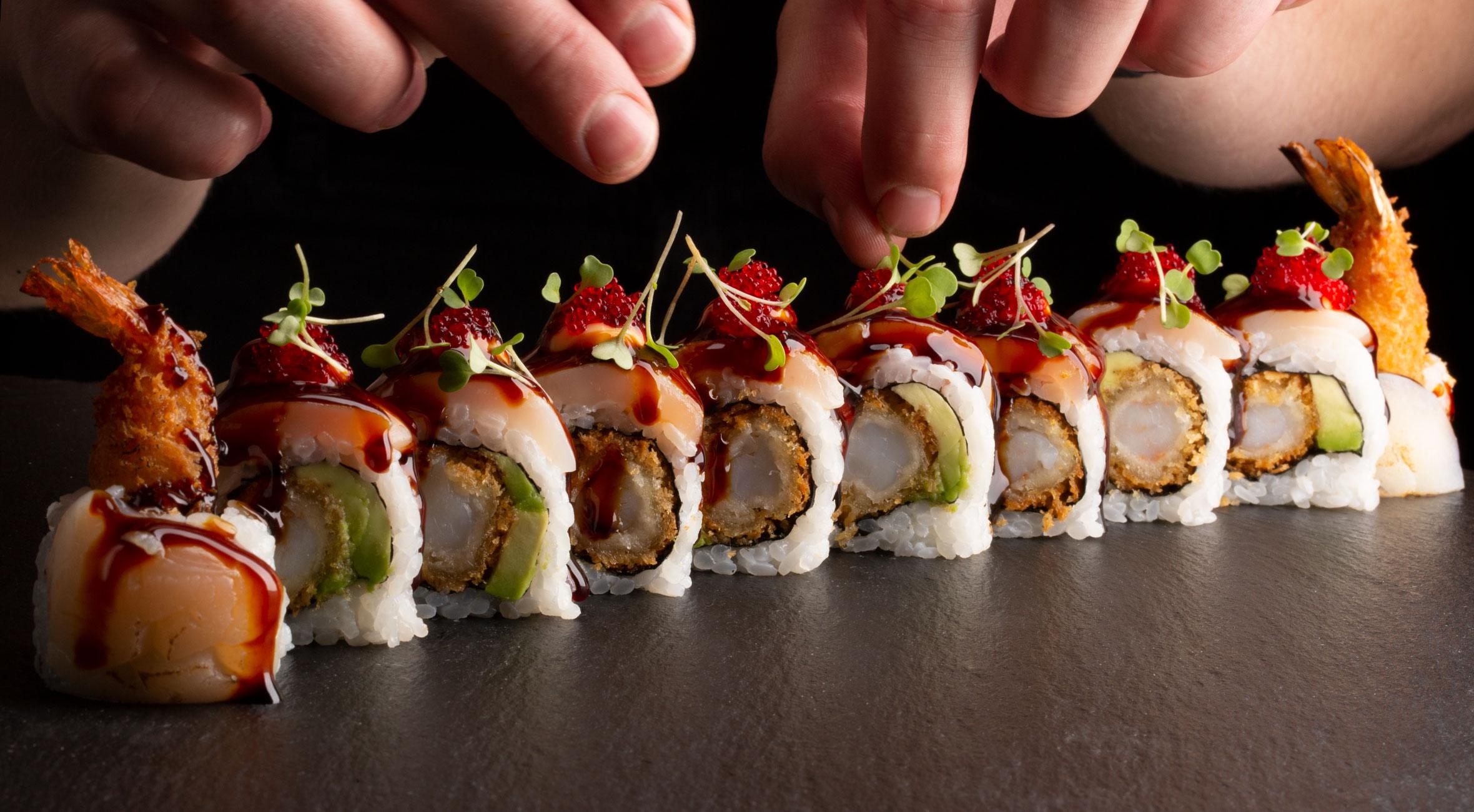 2 timers sushi-kursus hos Sushi Lovers i Torvehallerne eller i Charlottenlund – Lav sushi i verdenskendt sushi-køkken