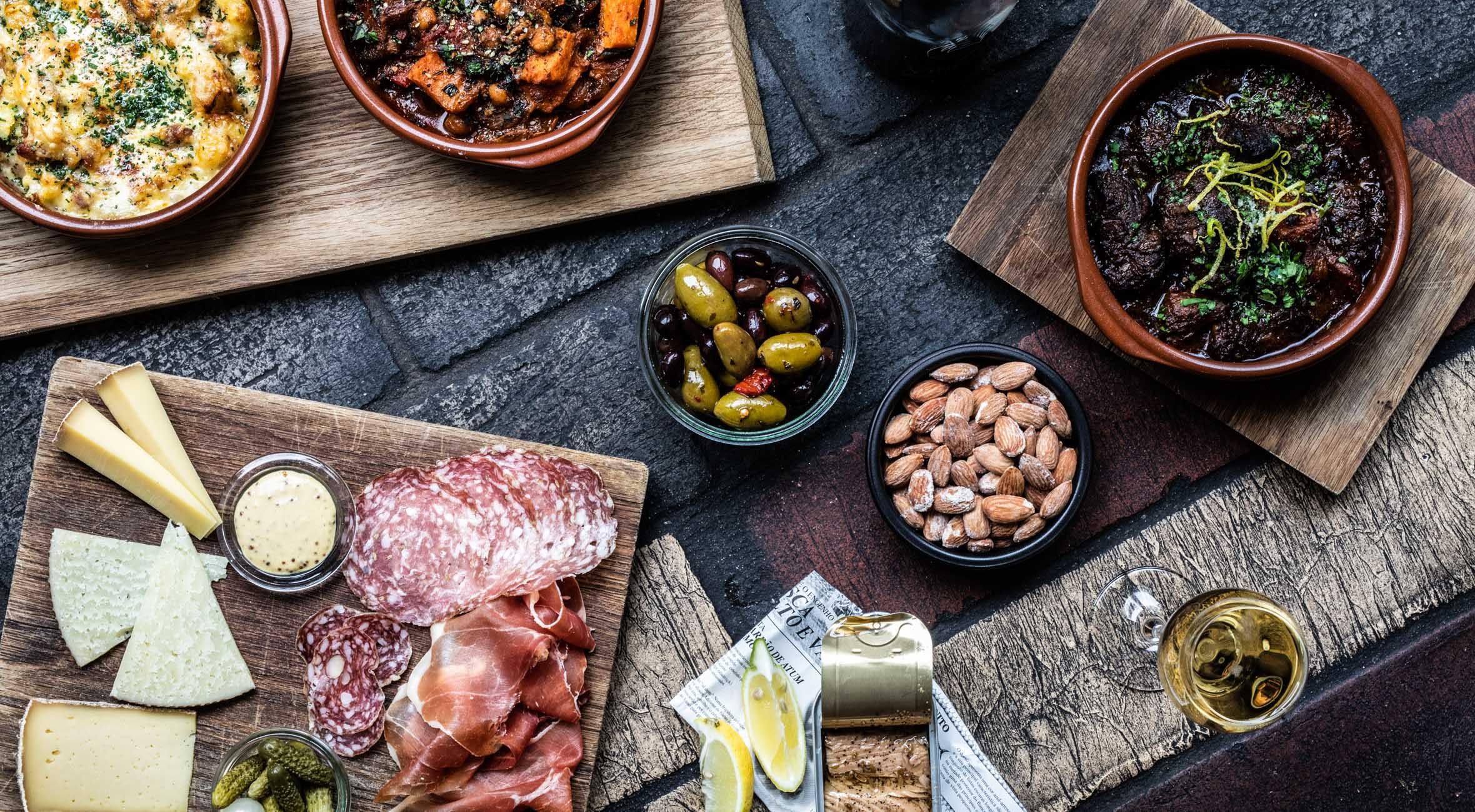 Frit valg til alt hos Vinhanen på Nørrebro og Vesterbro – Topanmeldt vinbar byder på lækker mad & vino