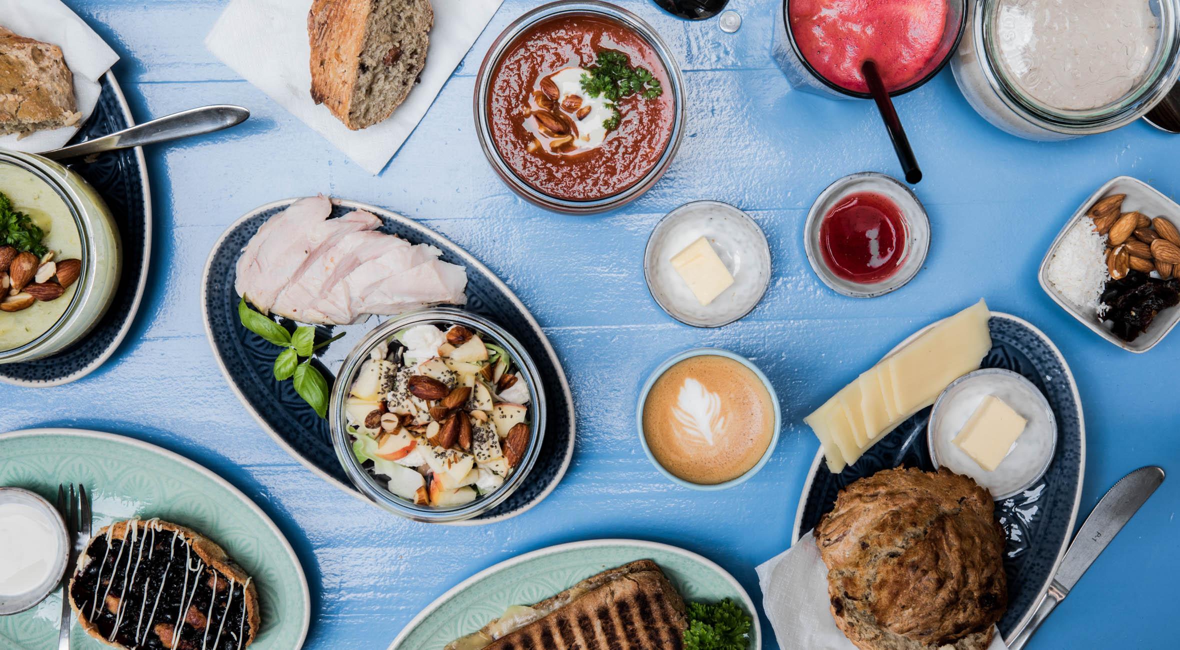 Frit valg til alt hos Den Go'e Kaffebar – Kombineret kaffebar & café byder på hygge, brunch, kaffe & kage m.m.