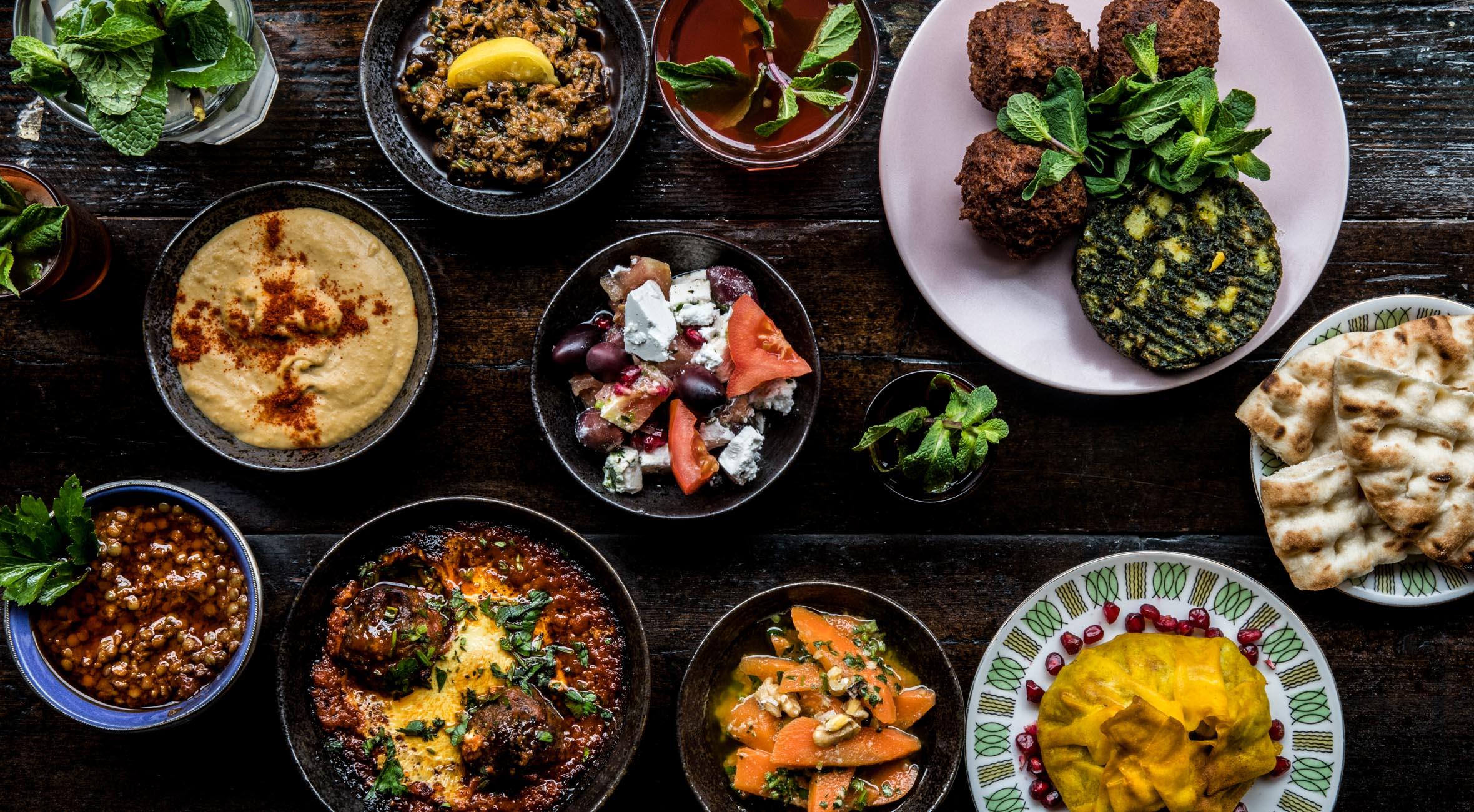 Brunch med lemonade og te for 2 personer hos Café Maroc på Nørrebro – Hip marokkansk café byder på vilde brunch-specialiteter