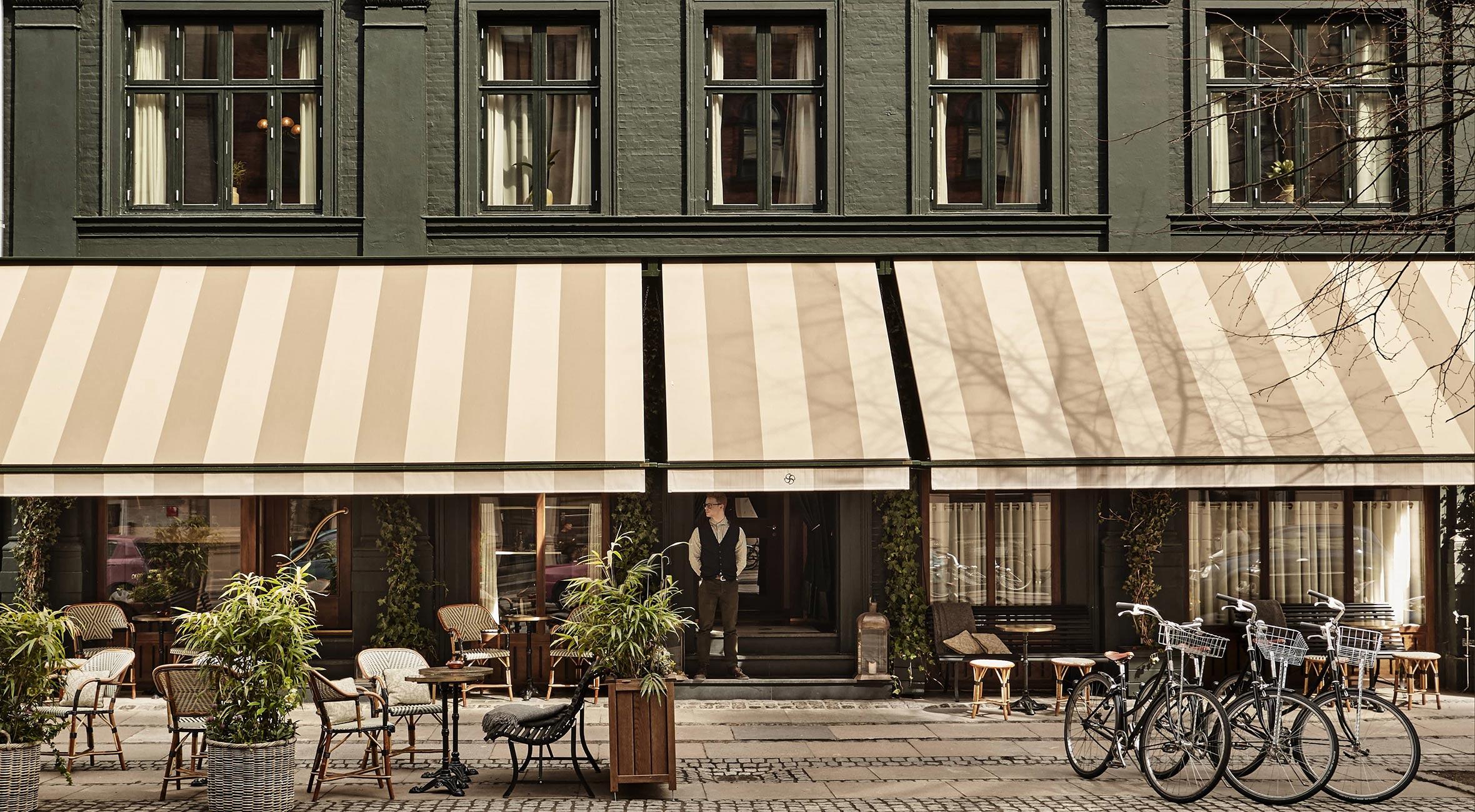 Ophold for 2 personer på Sanders i hjertet af København – Bliv indlogeret på luksuriøst værelse med morgenmad og fri minibar