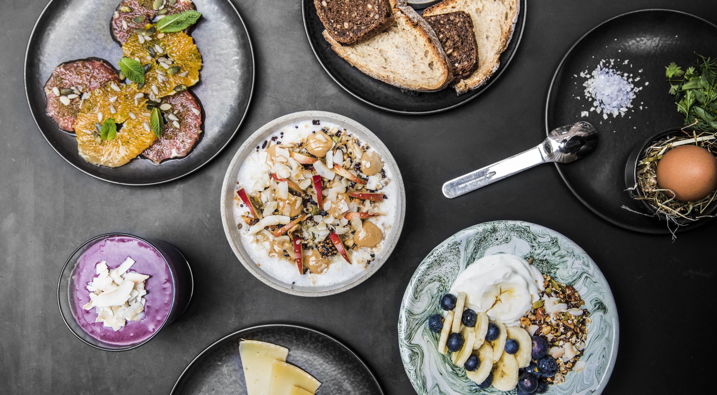 Frit valg til alt hos &Tradition Courtyard – Dansk designvirksomhed har åbnet café i historisk herskabsbygning