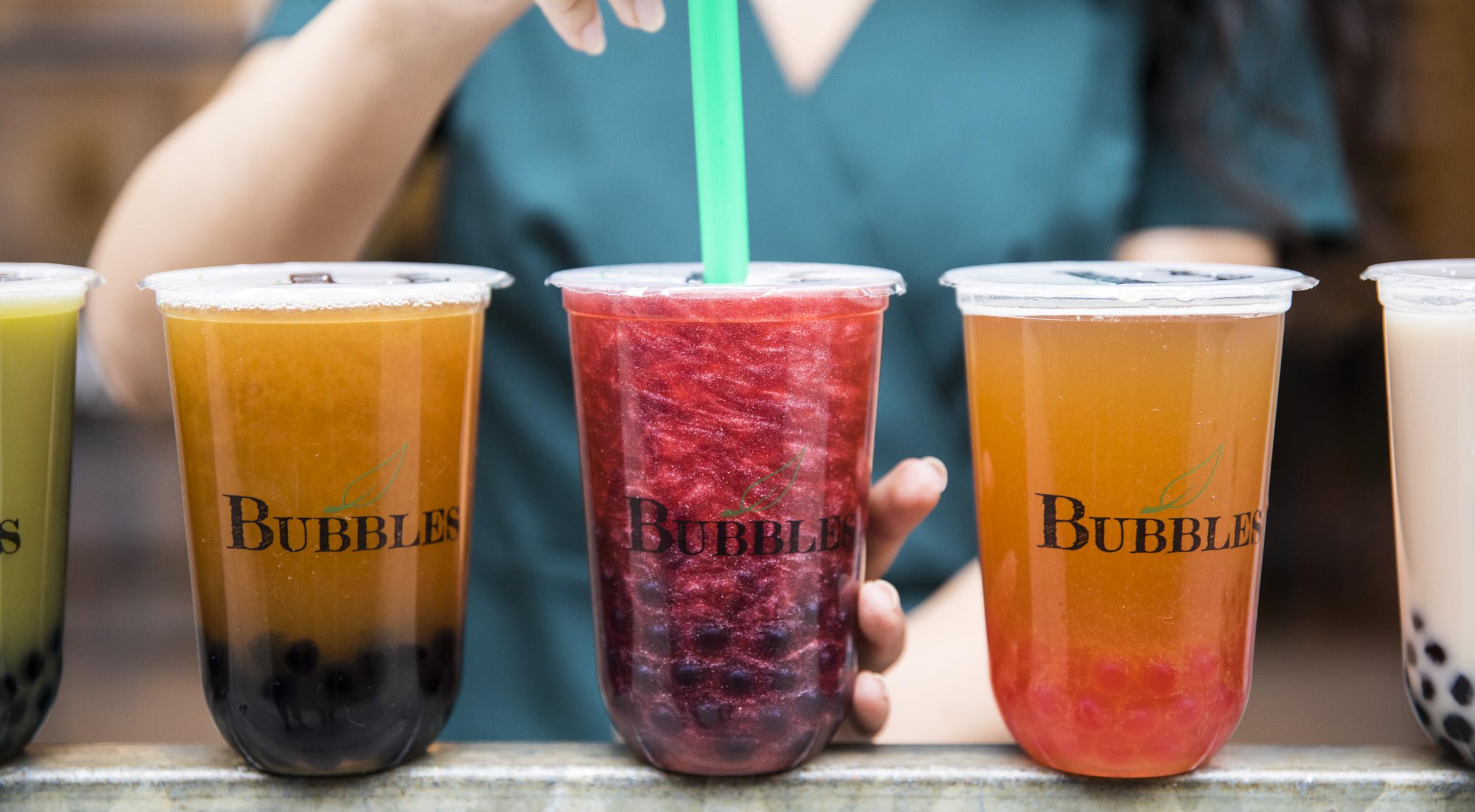 2 bubble teas hos nyåbnede Bubbles CPH på Vesterbro – Smag én af verdens mest populære drikke