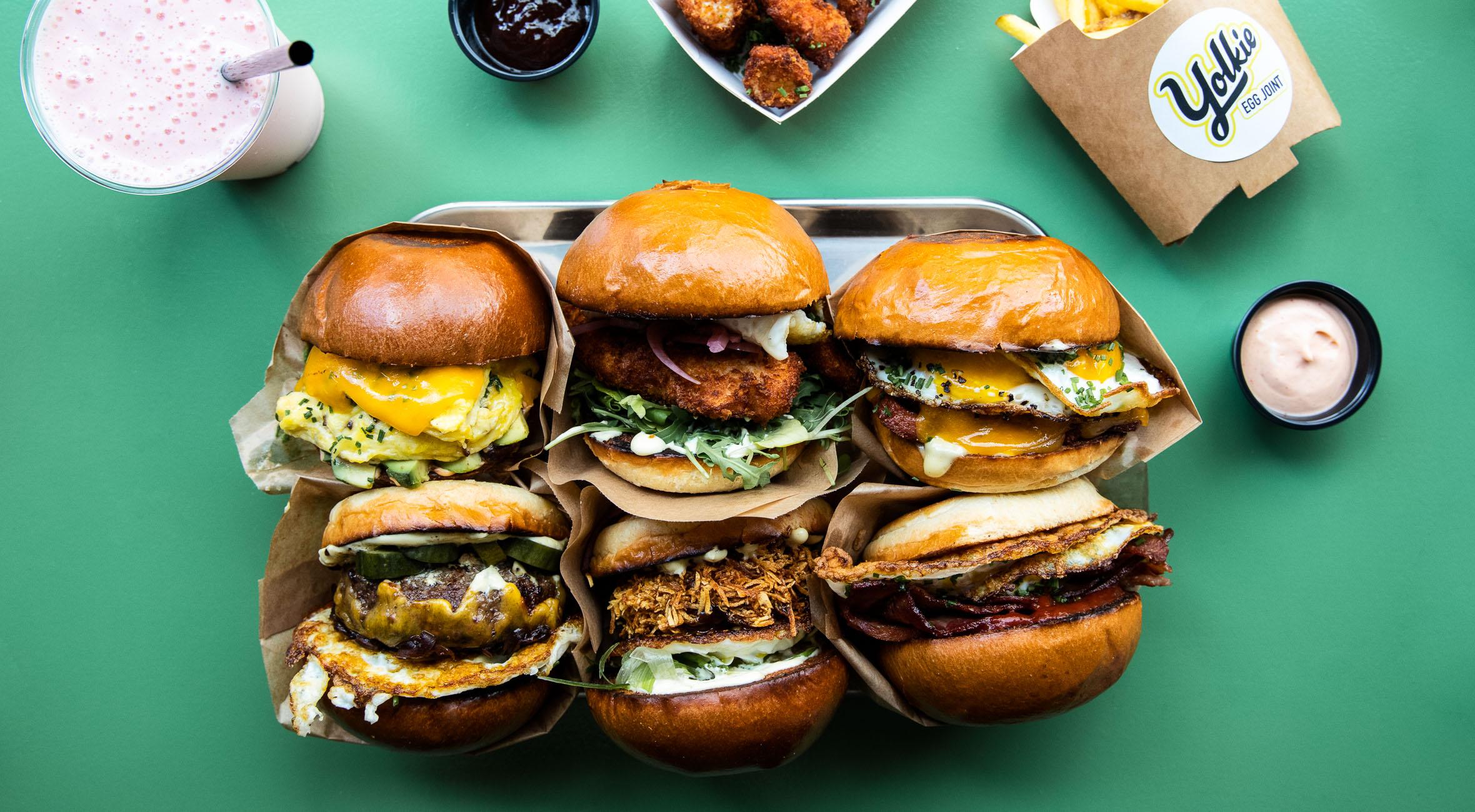 Frit valg til alt hos Yolkie Egg Joint – Ny fast food restaurant sætter ægget i fokus og serverer burgere morgen, middag og aften