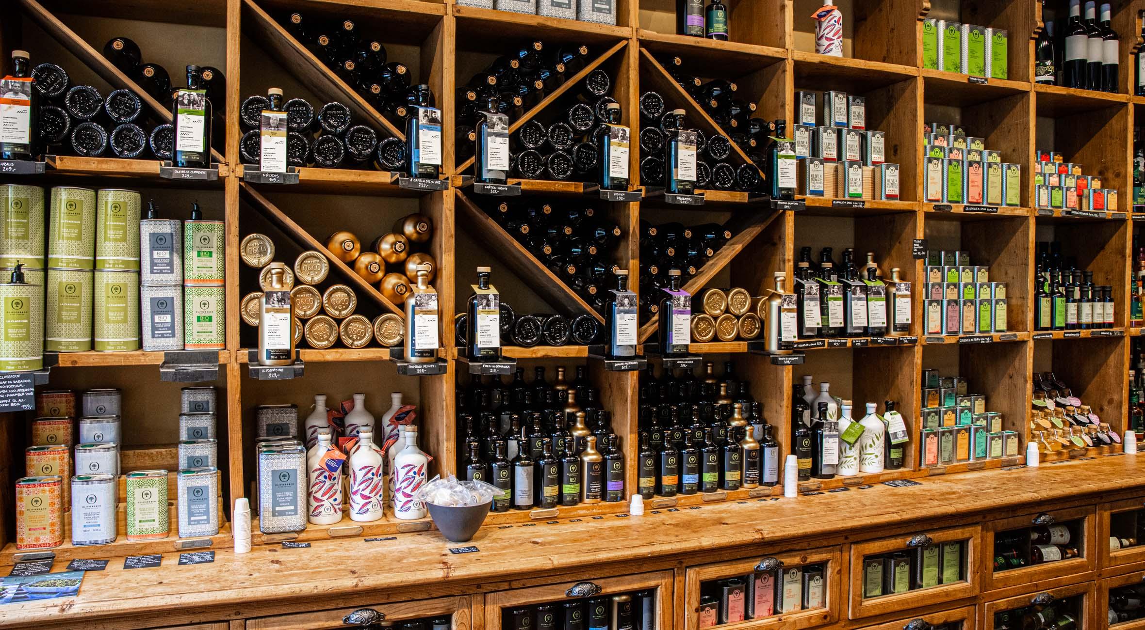 Frit valg til alt hos OLIVIERS & CO på Gl. Kongevej – Få alt fra olivenolier til balsamico, trøffelolier og delikatesser kreeret af verdenskendte Michelin-kokke