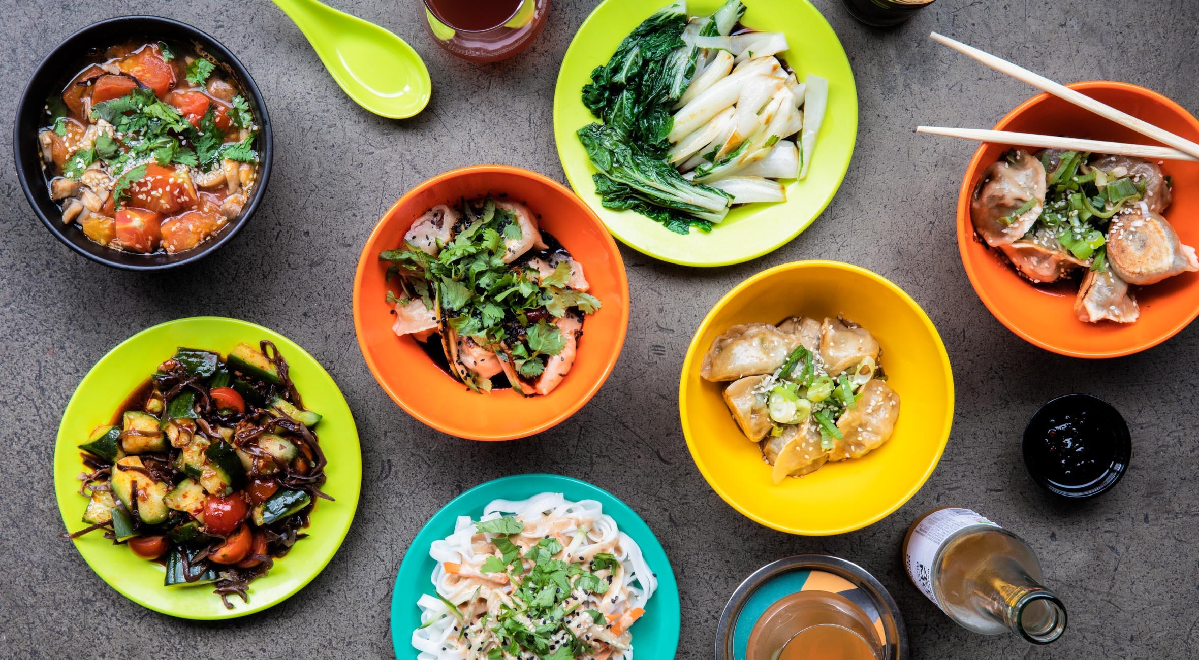 Dumplings, sides & drikke for 2 personer hos GAO på Vesterbro – Kåret som ét af Europas 50 bedste kinesiske spisesteder