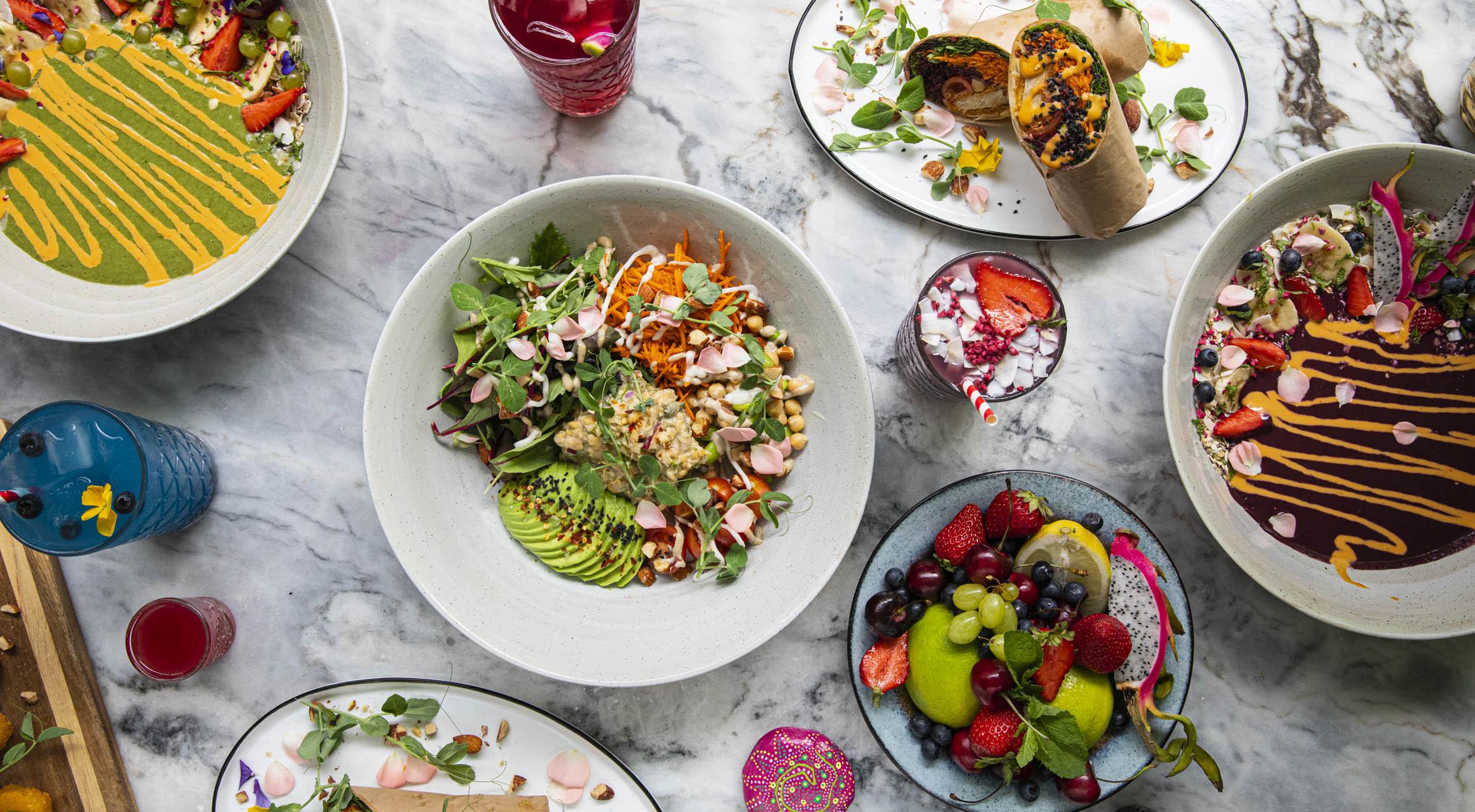 Frit valg til alt hos The Organic Boho på Østerbro og Christianshavn – Veganske hitmagere byder på brunch, acai bowls, falafel-burgere, kager og superfood wraps