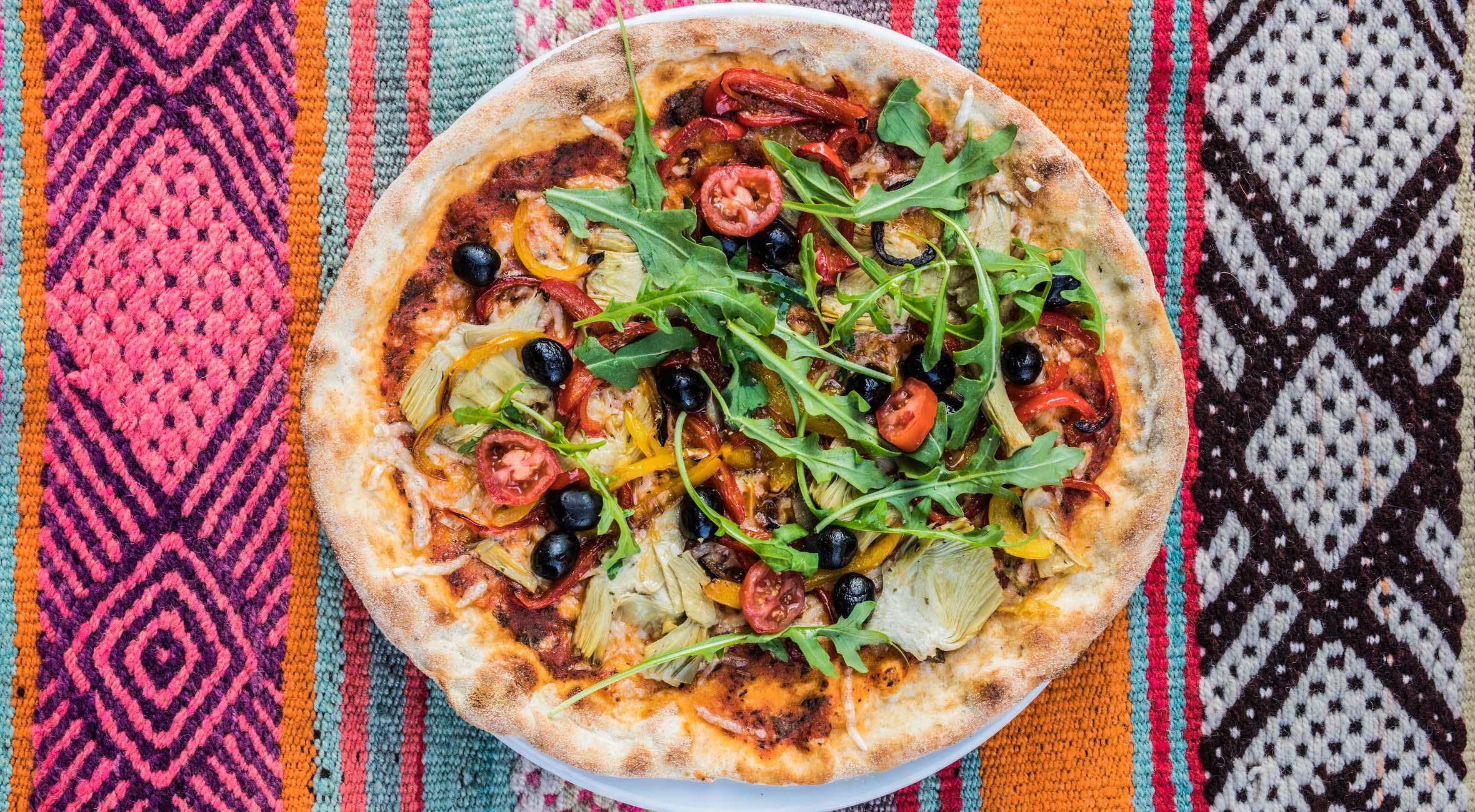 2 valgfrie pizzaer hos Plads'n i Blågårdsgade – Vegansk pizza-restaurant har taget København med storm