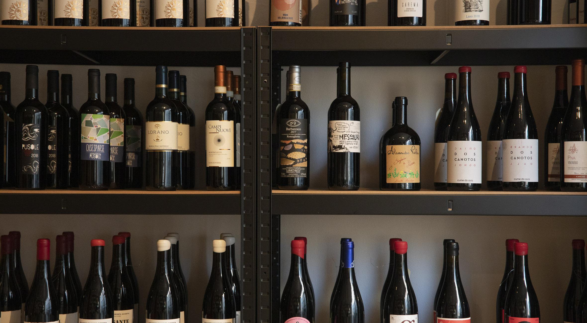 Frit valg til alt hos Roots på Nørrebro og i Sydhavnen – Anerkendte importører sælger vin, der tidligere har været forbeholdt landets toprestauranter