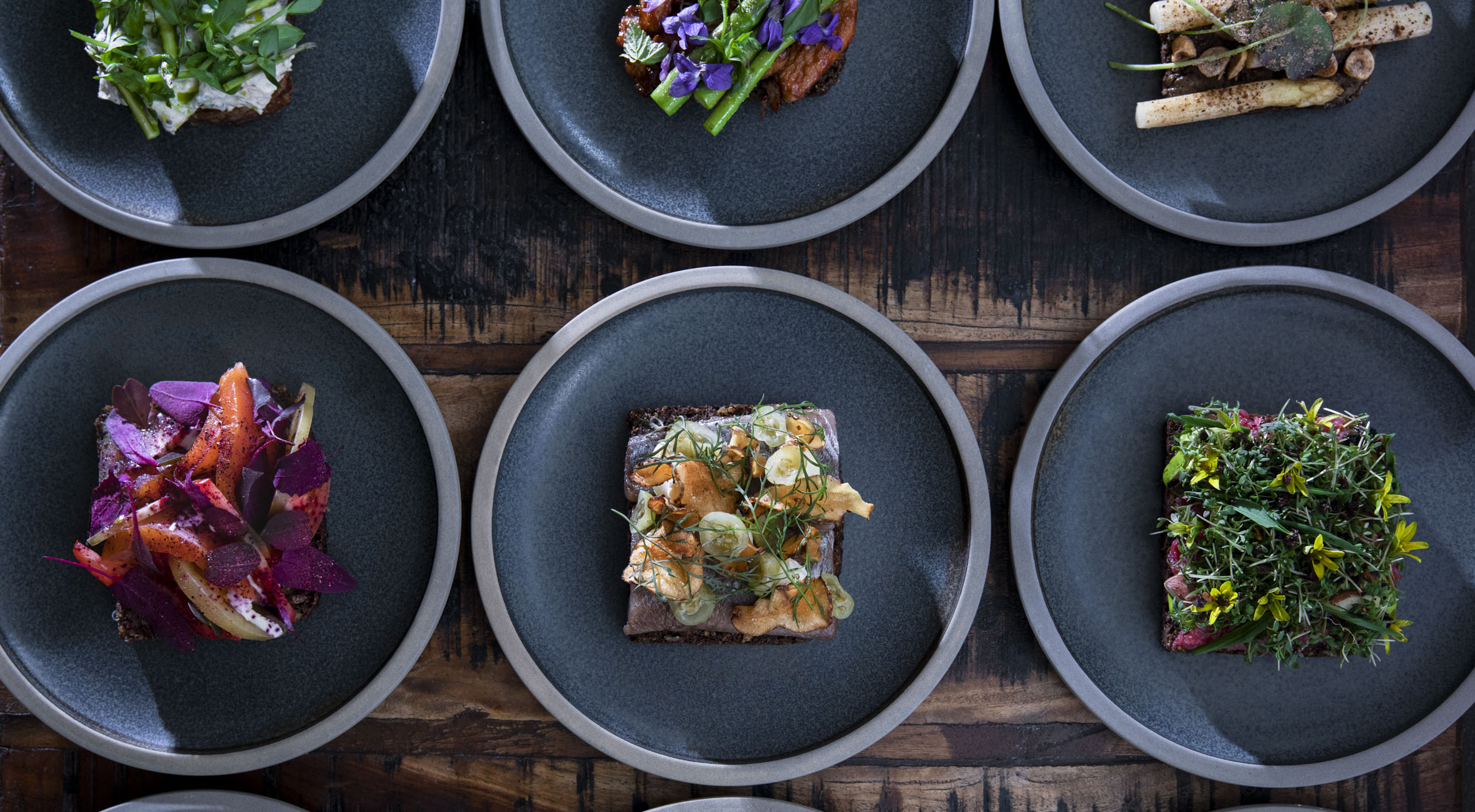 2 stk. smørrebrød hos Norrlyst i Indre By – Fremhævet som én af Danmarks bedste smørrebrødsrestauranter