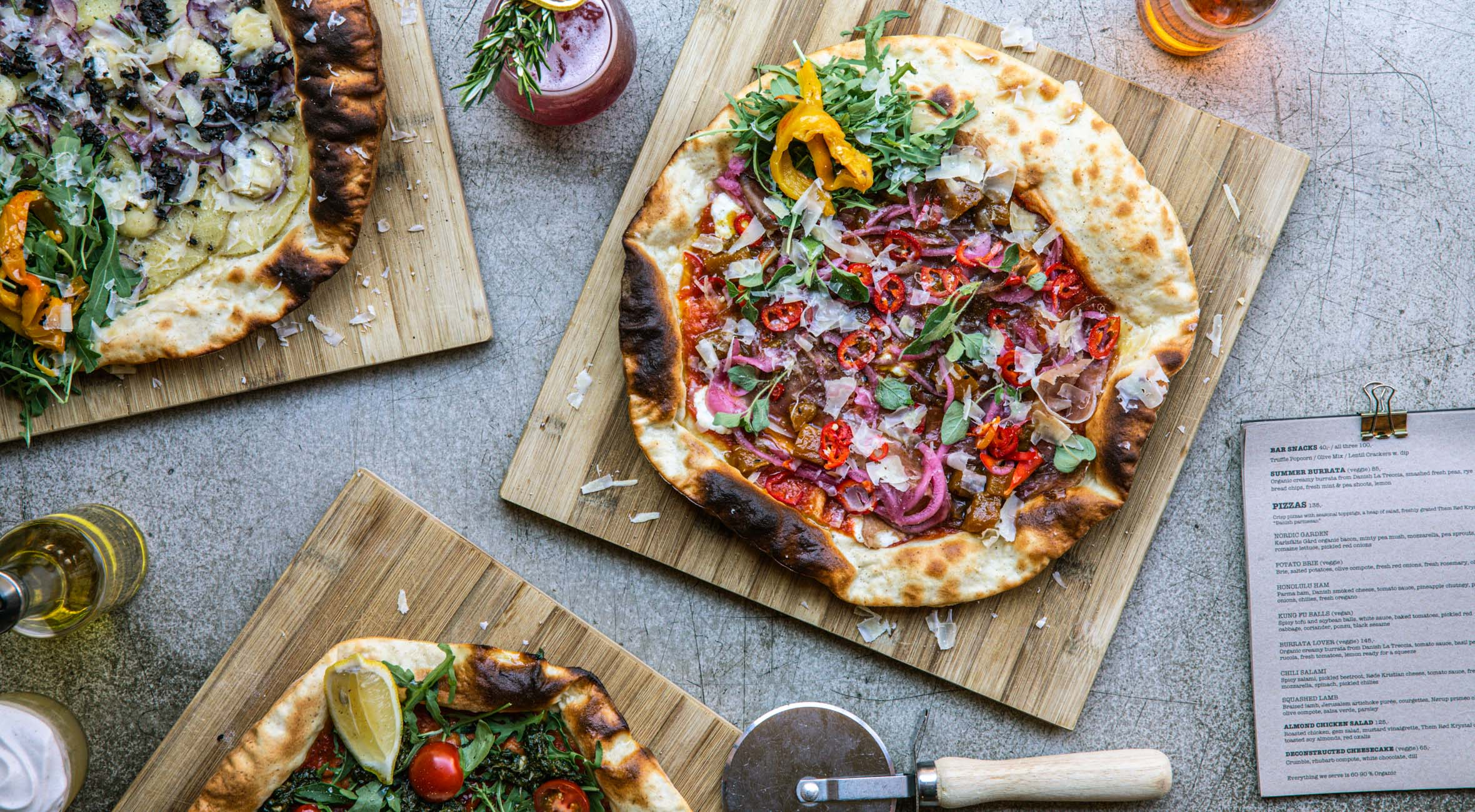 2 pizzaer hos Neighbourhood på Nørrebro og Vesterbro – Hip pizzarestaurant har høstet anerkendelse i ind- & udland